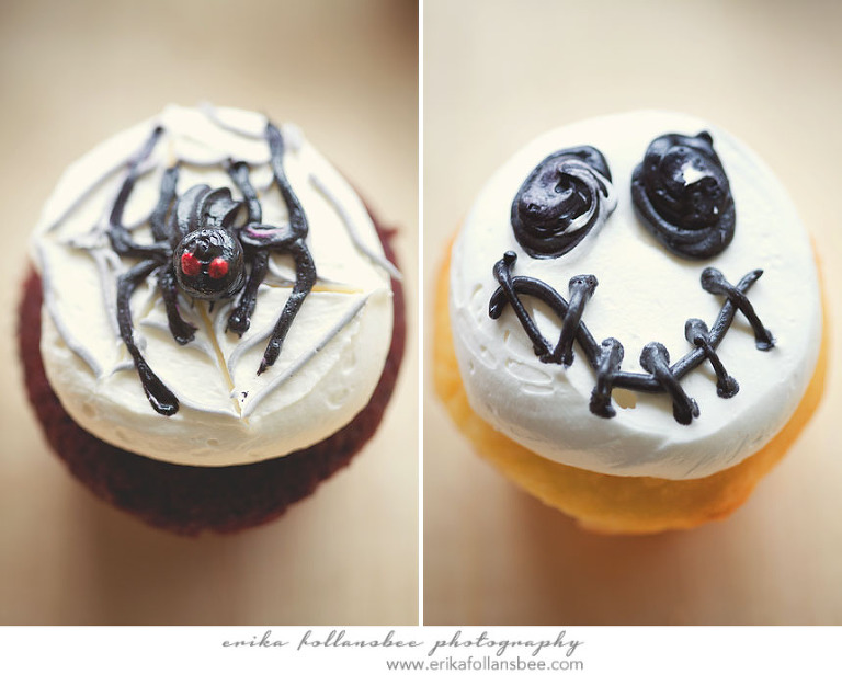 spider and skeleton cupcakes