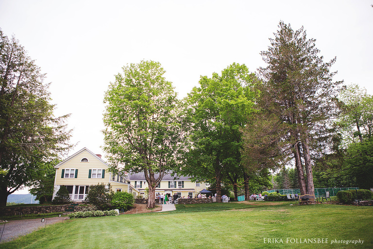 Wedding reception on outdoor patio at Dexter's Inn in Sunapee, NH