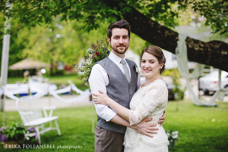 Vintage Wedding Dresses Hampshire: Vintage Style Backyard Wedding